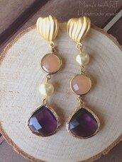 Orecchini con perni in zama a cuore, cristalli e perle coltivate
