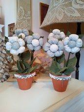 COPPIA VASETTI terracotta con fiori stoffa