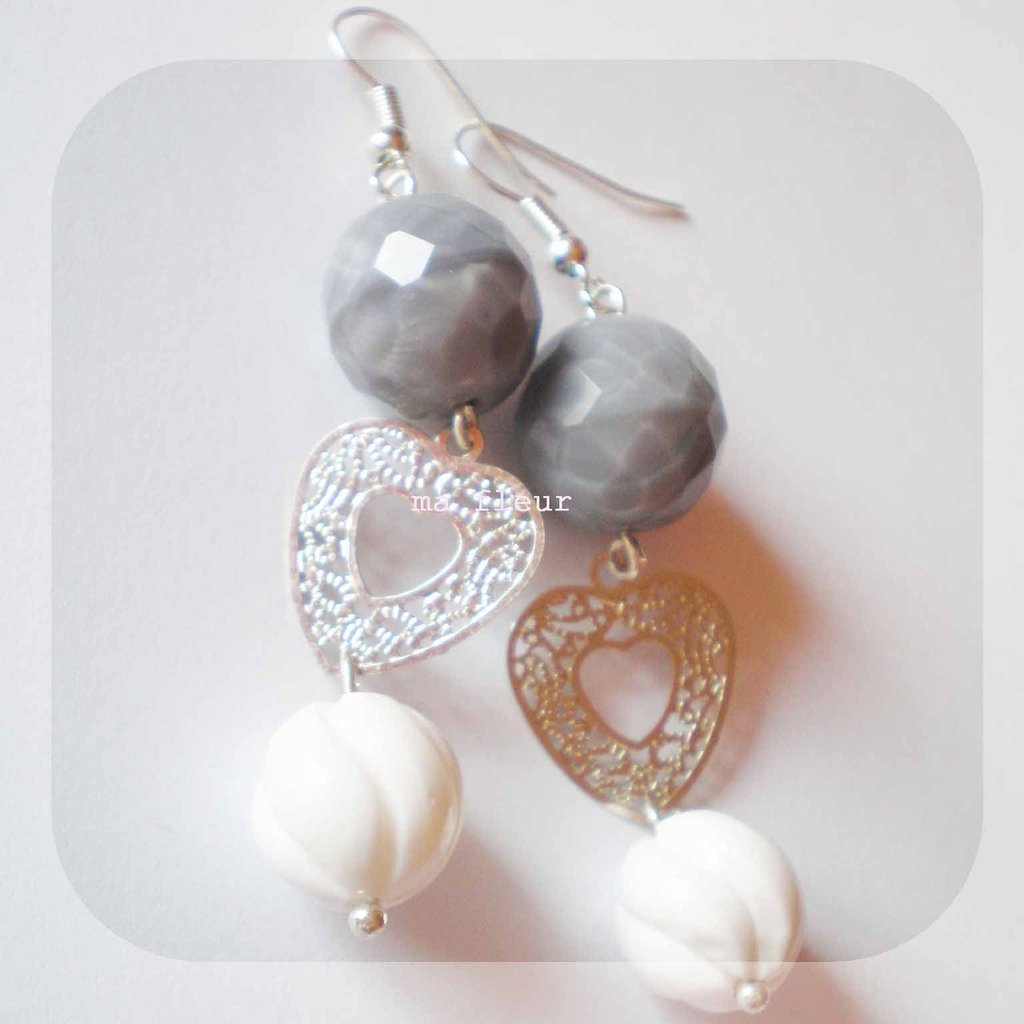 GREY AND WHITE earrings