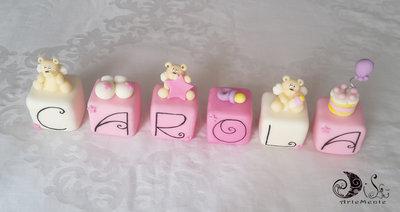 Cake topper cubi con orsetti ALATI in scala di rosa 6 cubi 6 lettere
