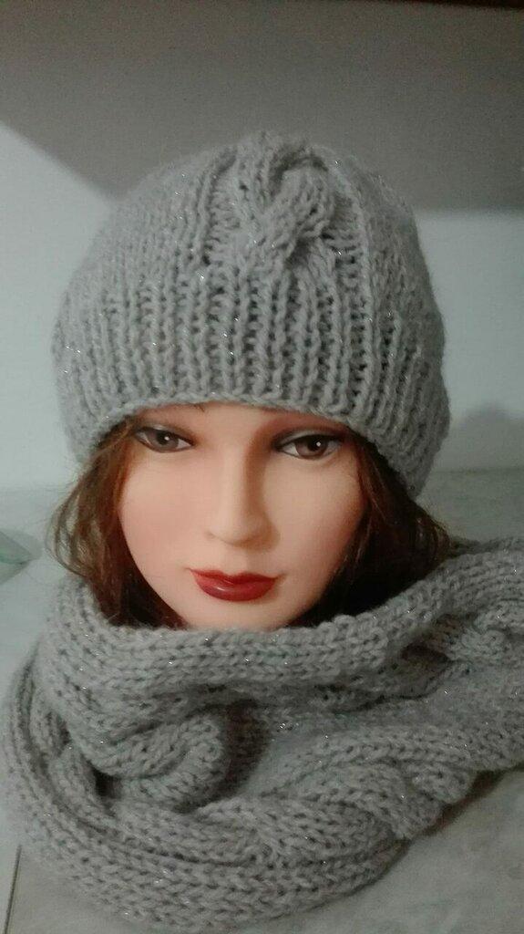 Cappello e Sciarpa da Donna - Donna - Abbigliamento - di I ...