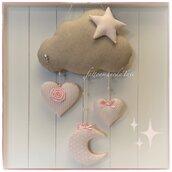 Fiocco nascita nuvoletta in cotone ecrù con stella, luna e cuori rosa fantasia