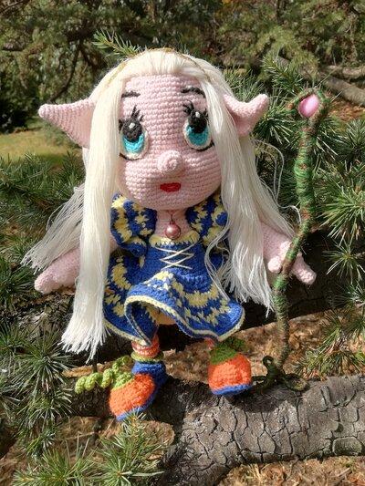 Bambola piccola strega Lira § Hand Knitted Crochet Toys