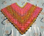 Coprispalle SOGNO , dai Colori Romantici e Splendidi.  Artigianale , realizzato ad Uncinetto.Morbidissimo e Caldo.