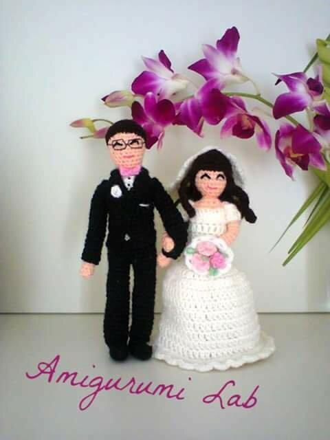 Coppia di fidanzati all'uncinetto