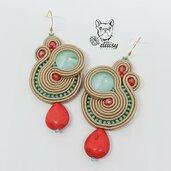 Orecchini verde menta, rosso e sabbia - orecchini soutache pendenti - orecchini cerimonia
