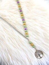 Collana lunga con perle smaltate, cristalli, grumetta e ciondolo albero della vita