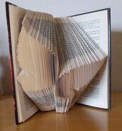 Book Folding, Folded Book, Libro Piegato, Libro Scultura , regalo di Natale, farfalla