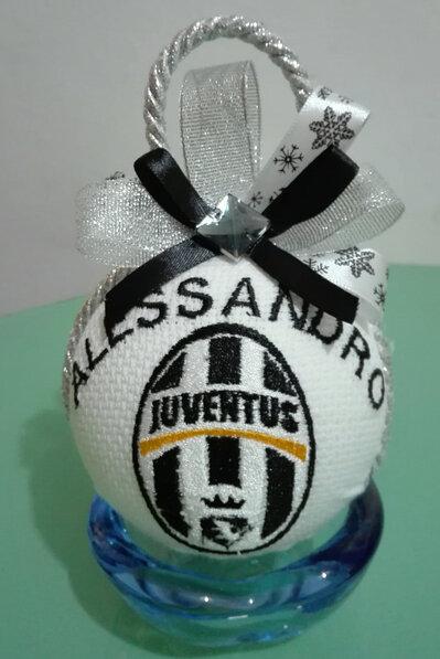 Pallina di Natale Juventus per  veri bianco-nero, personalizzata..
