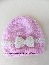 Cappello bimba in lana merinos 100% con fiocco