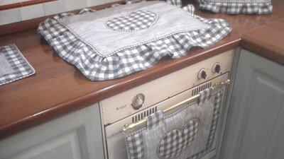 Copriforno e  fornelli in grigio, linea Basic in grigio