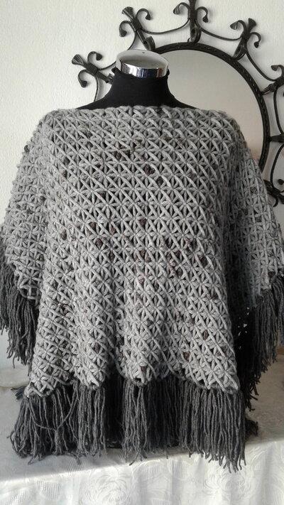 Mantella in lana