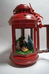 Lanterna natalizia con presepe