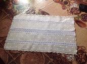 Centro tavolo in lino beige