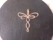 Ciondolo wire  in rame a forma di libellula