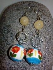 Orecchini in ceramica dipinti a mano perle di giada gialla