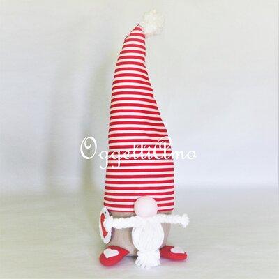 Uno gnomo fatto a mano per regalo di Natale: una decorazione, un fermaporta, un ricordo personalizzabile per i tuoi cari