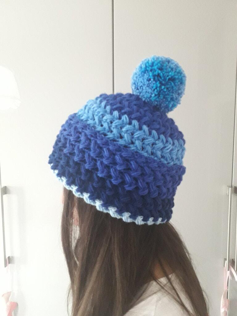 Cappello in lana - Donna - Abbigliamento - di Myrita   su ...