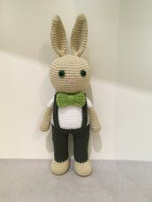 Mr Bunny amigurumi