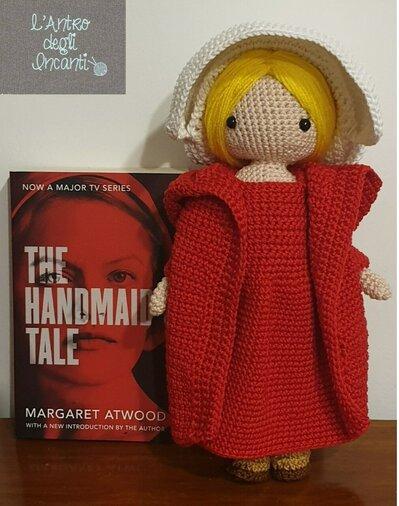 June by  Handamade's tale amigurumi