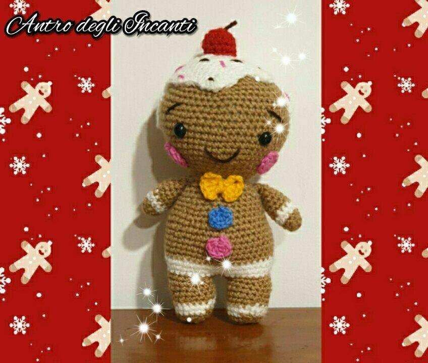 Gingerbread, omino di pan di zenzero amigurumi