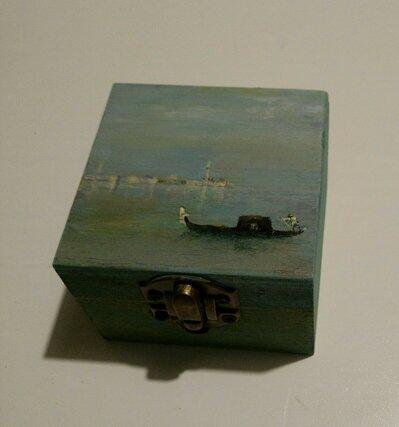 scatoletta in legno