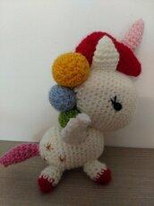 Unicorno con stelline amigurumi