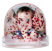Photo globe con cuori fluttuanti all'interno personalizzabile con due foto
