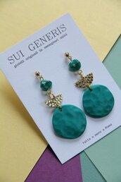 orecchini pendenti in fimo geometrici verde smeraldo ed oro martellato _015_