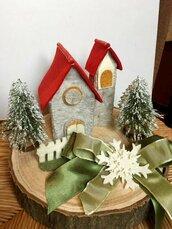 Villaggio di babbo natale, presepe in miniatura, mini-presepe,