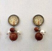 orecchini con pietre dure con cabochon e dipinto