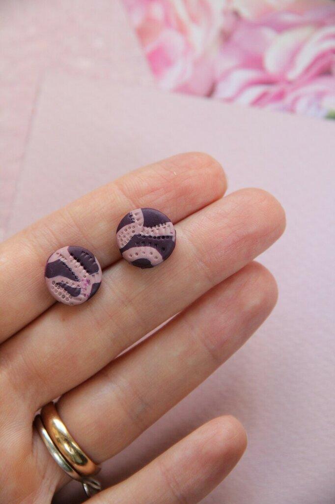 orecchini a lobo in fimo bicolore rosa e viola forma tonda piccola _030_