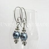 Orecchini pendenti perla blu chiaro