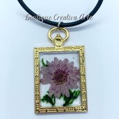 Collana in resina e fiori secchi veri / Fiore grande Lilla