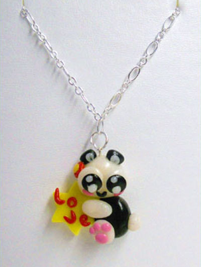 "CIONDOLO IN FIMO E CERNIT ""LOVELY PANDA"""