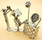 regalo parruchiere    negozio parruchiere acconciatura parruchiere pettina Hairdresser Art metal arte del riciclo riciclato Metal sculpture