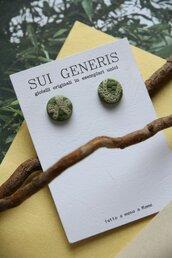 set di 4 orecchini a lobo coordinabili colore verde oliva e beige motivo astratto _051_