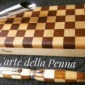 Penna scacchi con basamento