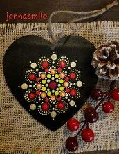 Cuore in legno con Mandala