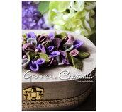 Scatola ovale in legno con fiorellini in feltro e stoffa