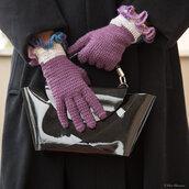 Guanti con dita in lana viola all'uncinetto