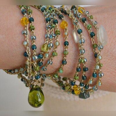 Lunga collana di perline Toho verde