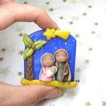 Presepe con cielo stellato in miniatura natività sacra famiglia natale pasta di mais