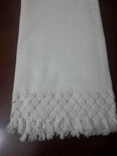 Asciugamano in puro cotone.