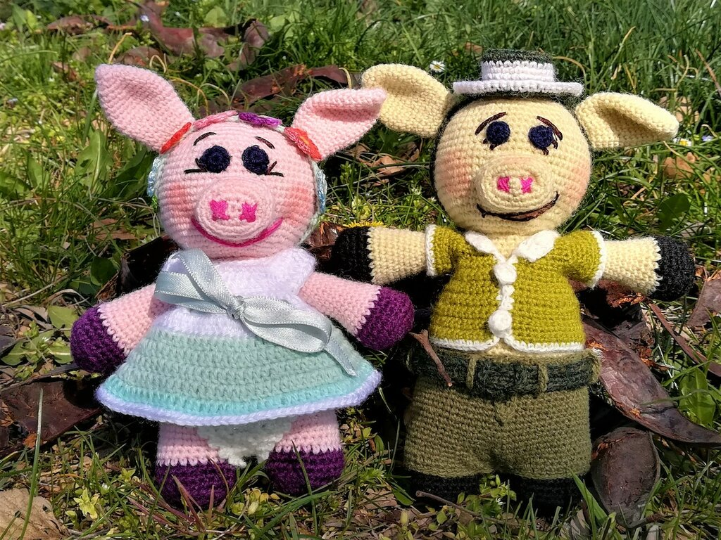 Maialini innamorati giocattoli pupazzi peluche § Hand Knitted Crochet Toys