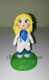 Bomboniera laurea  statuina infermiera