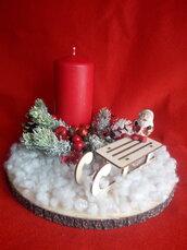 Centrotavola con candela natalizio
