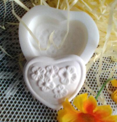 Stampo cuore cm. 4x4