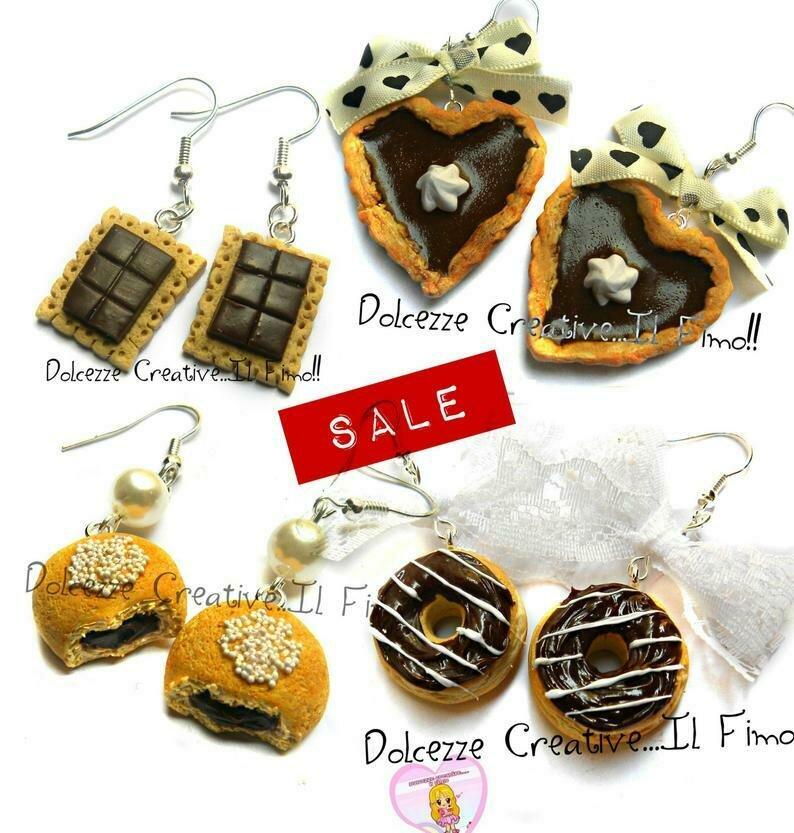 LOTTO - OFFERTA . PROMOZIONE - SCONTI - SALDI - REGALI DI NATALE - Lotto di 4 PAIA ORECCHINI cioccolato e panna, biscotti al cioccolato, panini, donut