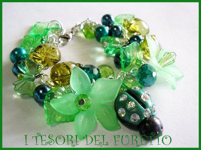 ♥ SCONTI! ♥ Bracciale FUFUFLOWERS Coccinella Fimo Cernit Charm Perle VERDE